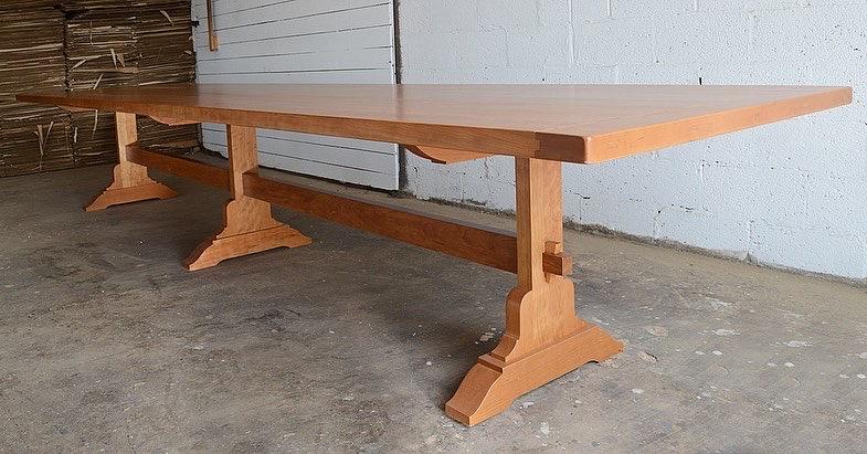 15′ Mission Trestle Table